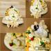 Svadobná syrová torta s nevestou a ženíchom