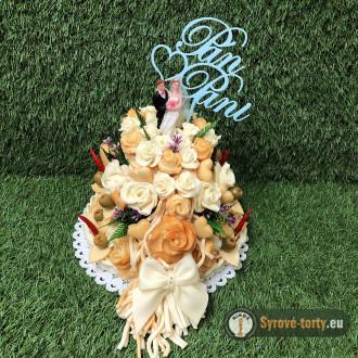 Syrová torta s nevestou a ženíchom