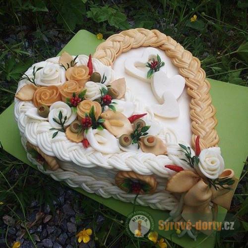 Syrová torta veľké srdce (údeno - neúdená)