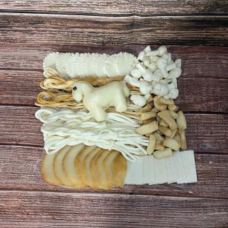 Syrový tanier s koníkom